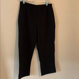 Women with control straight leg crop pants